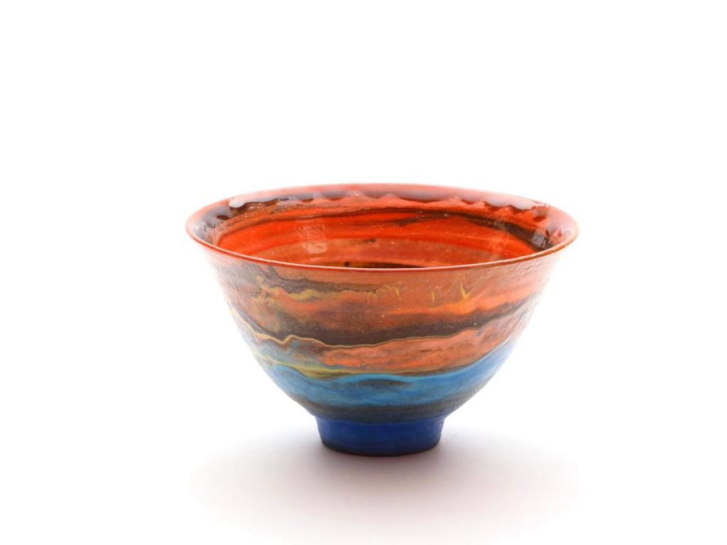 陶芸家中野拓がりゅうこつ座散開星団をモチーフに創作した器 彩泥 colored slip ware pottery ceramic art Carina Open cluster-inspired created by a ceramist Taku Nakano