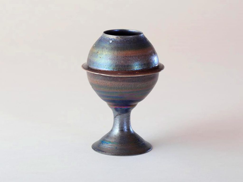 陶芸家中野拓が土星をモチーフに創作した器 彩泥ラスター colored slip ware luster pottery ceramic art Saturn-inspired created by a ceramist Taku Nakano
