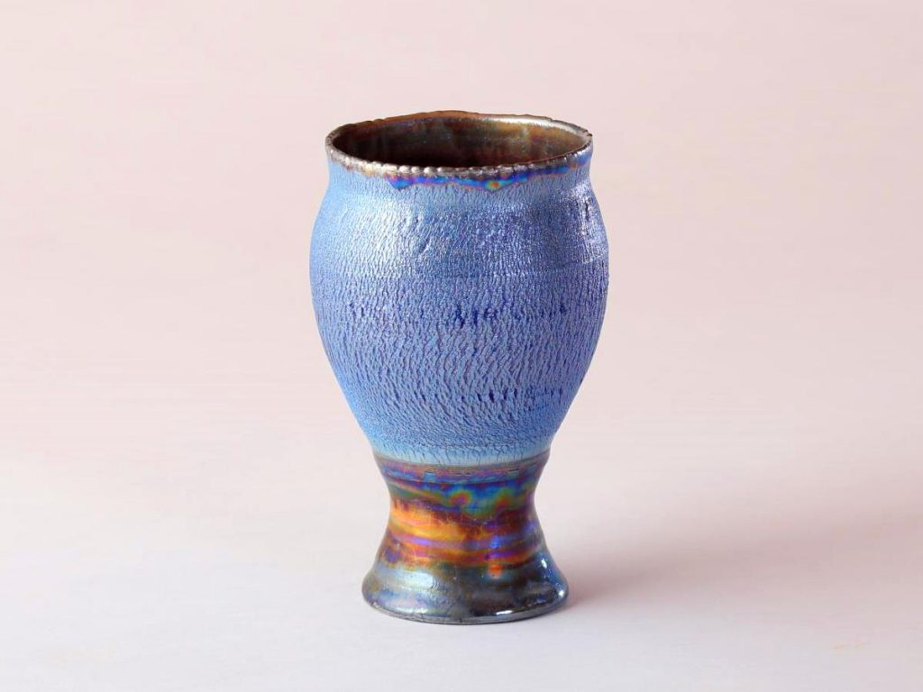 陶芸家中野拓が水星をモチーフに創作した器 彩泥コバルトシルバーラスター colored slip ware luster pottery ceramic art Mercury Caloris-inspired created by a ceramist Taku Nakano