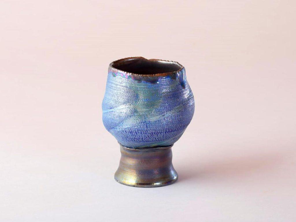 陶芸家中野拓が水星をモチーフに創作した器 彩泥コバルトシルバーラスター colored slip ware luster pottery ceramic art Mercury Caloris-inspired created by a ceramist Taku Nakano