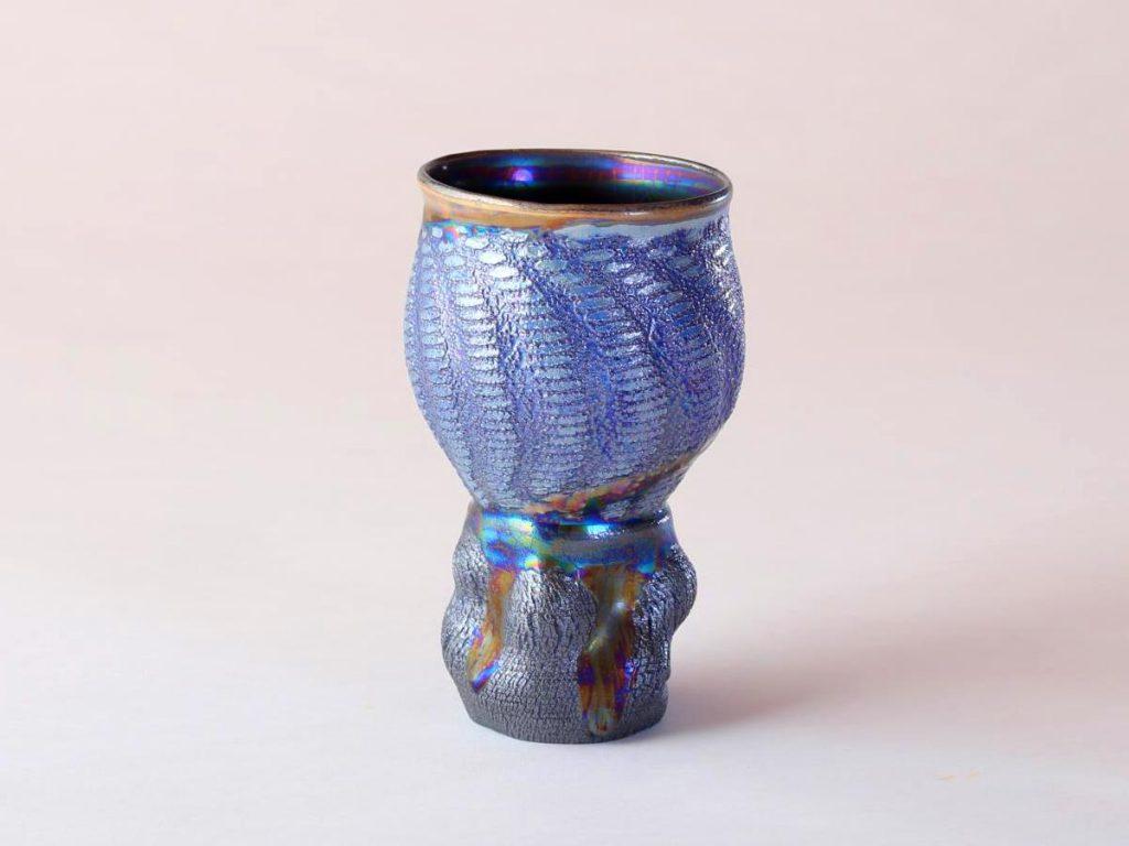 陶芸家中野拓が水星をモチーフに創作した器 彩泥コバルトシルバーラスター colored slip ware luster pottery ceramic art Mercury-inspired Mirror ball created by a ceramist Taku Nakano