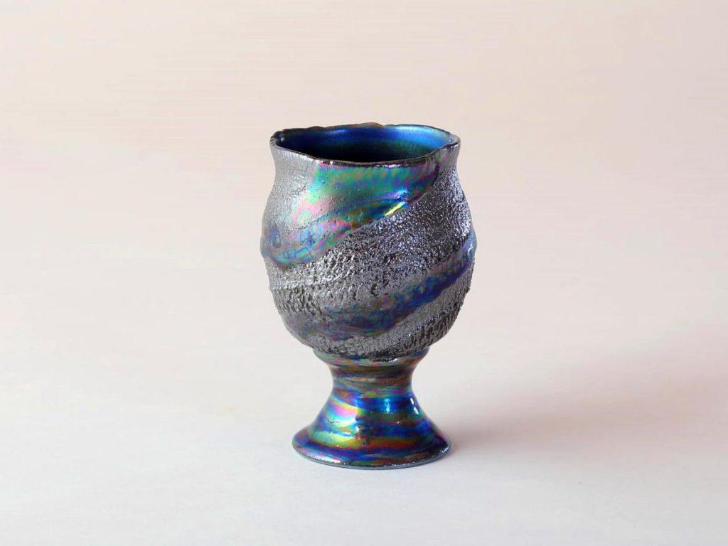 陶芸家中野拓が地球をモチーフに創作した器 彩泥チタニウムシルバーラスター colored slip ware luster pottery ceramic art Earth-inspired created by a ceramist Taku Nakano