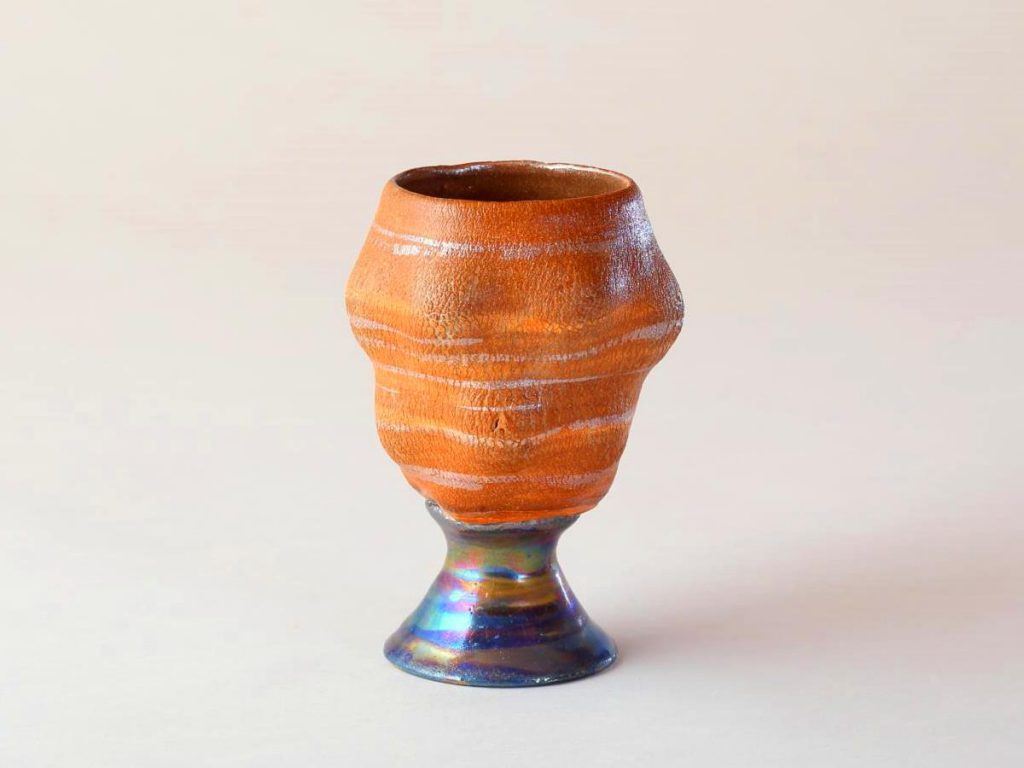 陶芸家中野拓が火星をモチーフに創作した器 彩泥シルバーラスター colored slip ware luster pottery ceramic art Mars-inspired created by a ceramist Taku Nakano