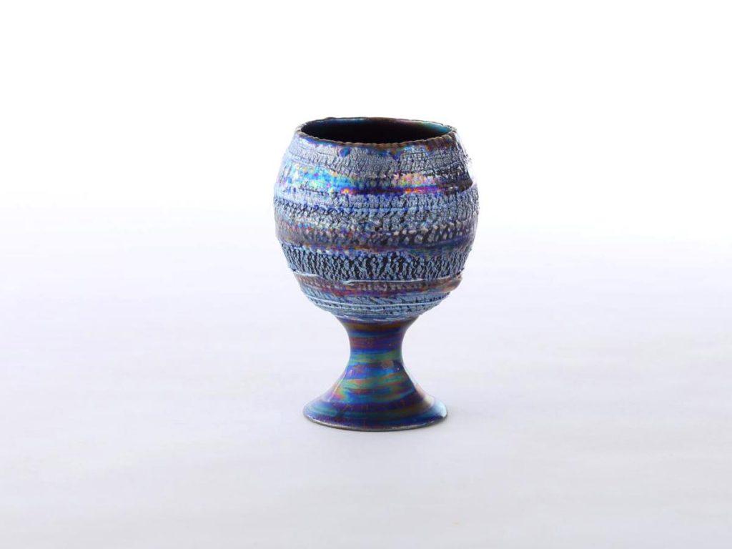 陶芸家中野拓が海王星をモチーフに創作した器 彩泥コバルトシルバーラスター colored slip ware luster pottery ceramic art Neptune-inspired created by a ceramist Taku Nakano