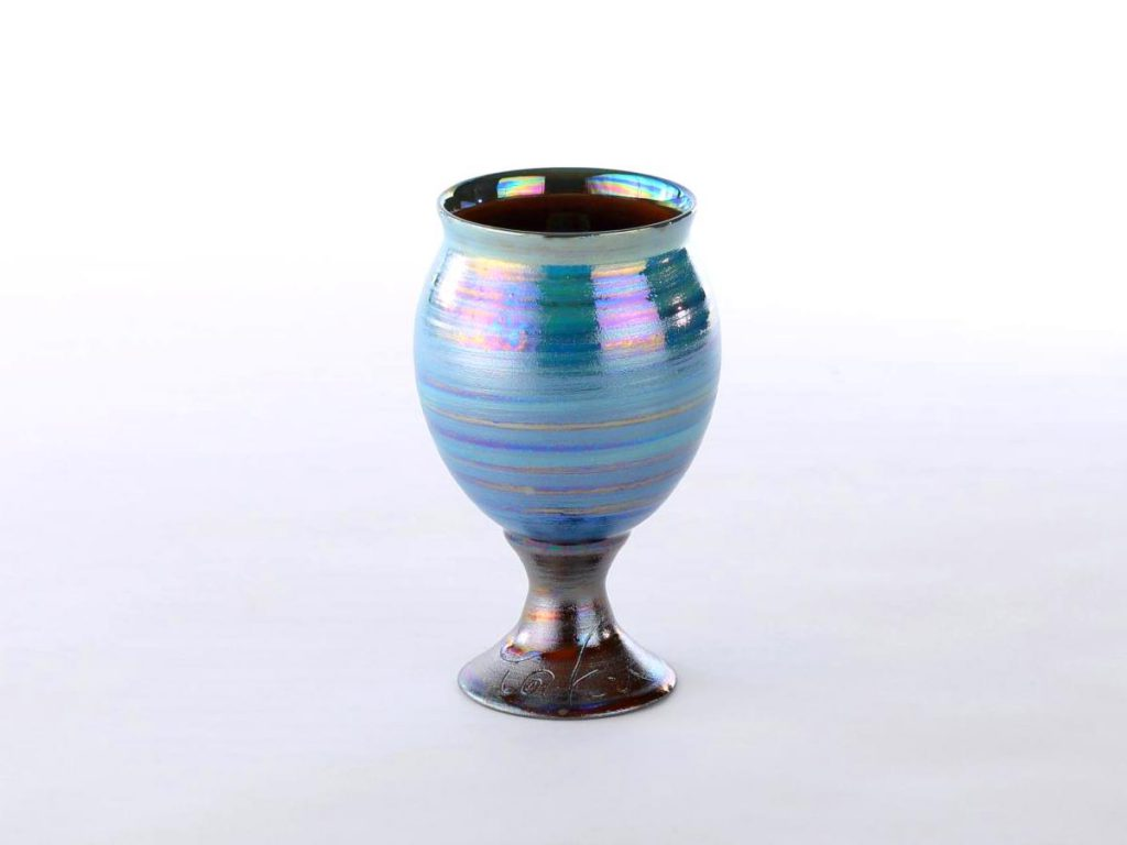 陶芸家中野拓が天王星をモチーフに創作した器 彩泥ラスター colored slip ware luster pottery ceramic art Uranus-inspired created by a ceramist Taku Nakano