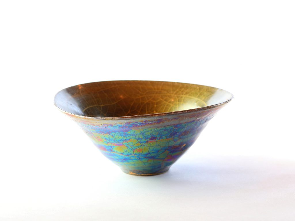 陶芸家中野拓が月をモチーフに創作した器 彩泥ゴールド colored slip ware pottery ceramic art Moon-inspired created by a ceramist Taku Nakano