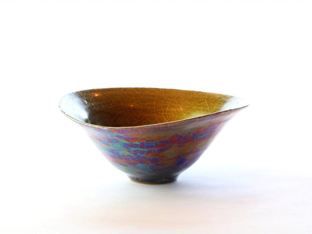 陶芸家中野拓が月をモチーフに創作した器 彩泥ゴールド colored slip ware pottery ceramic art Moon-inspired created by a ceramist Taku Nakano