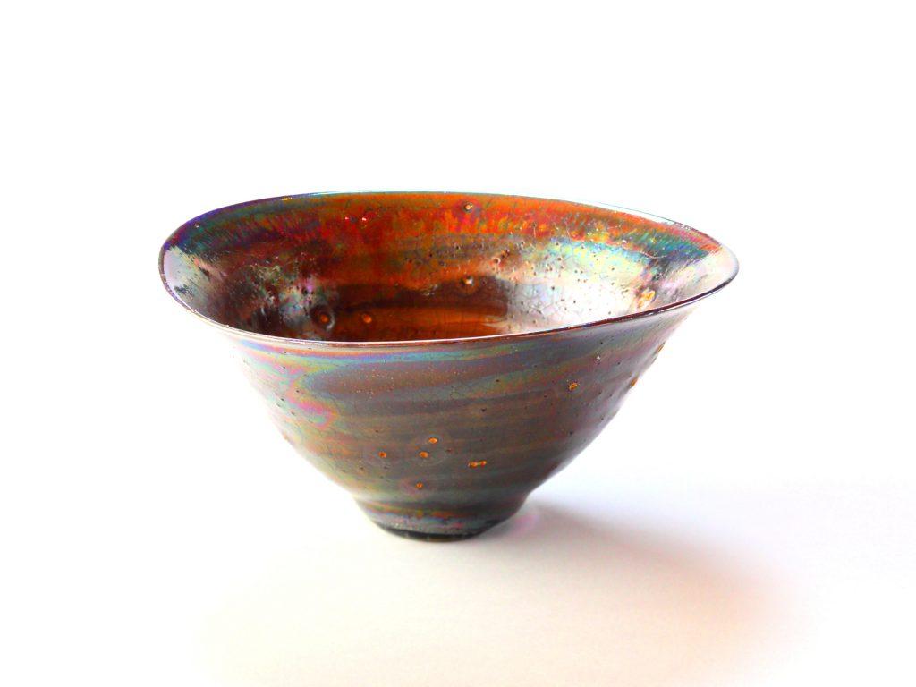 陶芸家中野拓が超新星スーパーノヴァをモチーフに創作した器 彩泥ピンクゴールドラスター colored slip ware luster pottery ceramic art Supernova-inspired created by a ceramist Taku Nakano